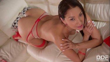 Wet horny blonde Kiara Diane