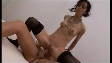 Russian guy and his girlfriend need money and are ready to act in porn